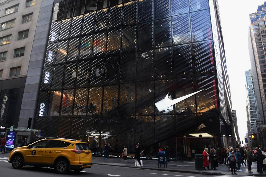 Fantasía sangre diente  Shopping on Fifth Avenue | Shopping